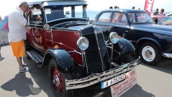 Автомобиль с огненными фарами 1906 г. будет участвовать в юбилейном параде автоклуба «Ретро» в Бургасе