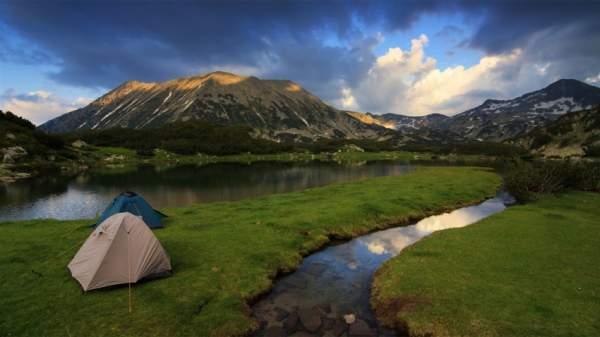 Только фотоаппарат поможет совершить путешествие «через девять гор на десятую»