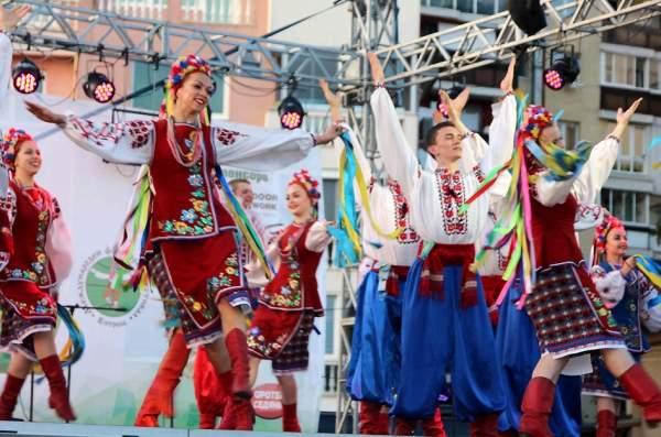 Колорит и настроение на Международном фольклорном фестивале «Витоша-2017»