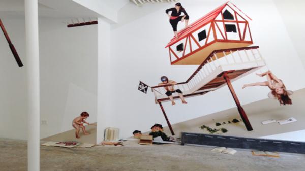 Даниела Костова – художница, которая упаковала Рингтурм и исследует природные стихии