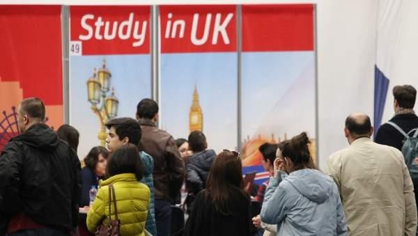 Образование за рубежом остается ключом к успеху для молодых болгар
