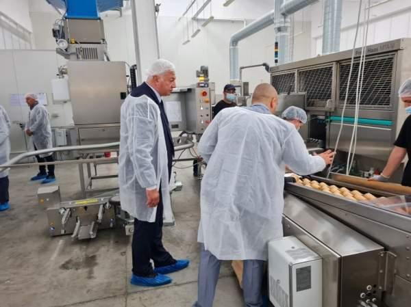 Первая в Европе фабрика по производству съедобных стаканчиков уже заработала в Пловдиве